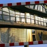 Kontorhaus im Spiegel 110515-4376-0