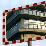 Kontorhaus im Spiegel 110515-4387-0