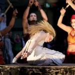 Performance von antagon theaterAKTion während der Eröffnung am 30. April 2011. Foto: hmf, S. Zelazny